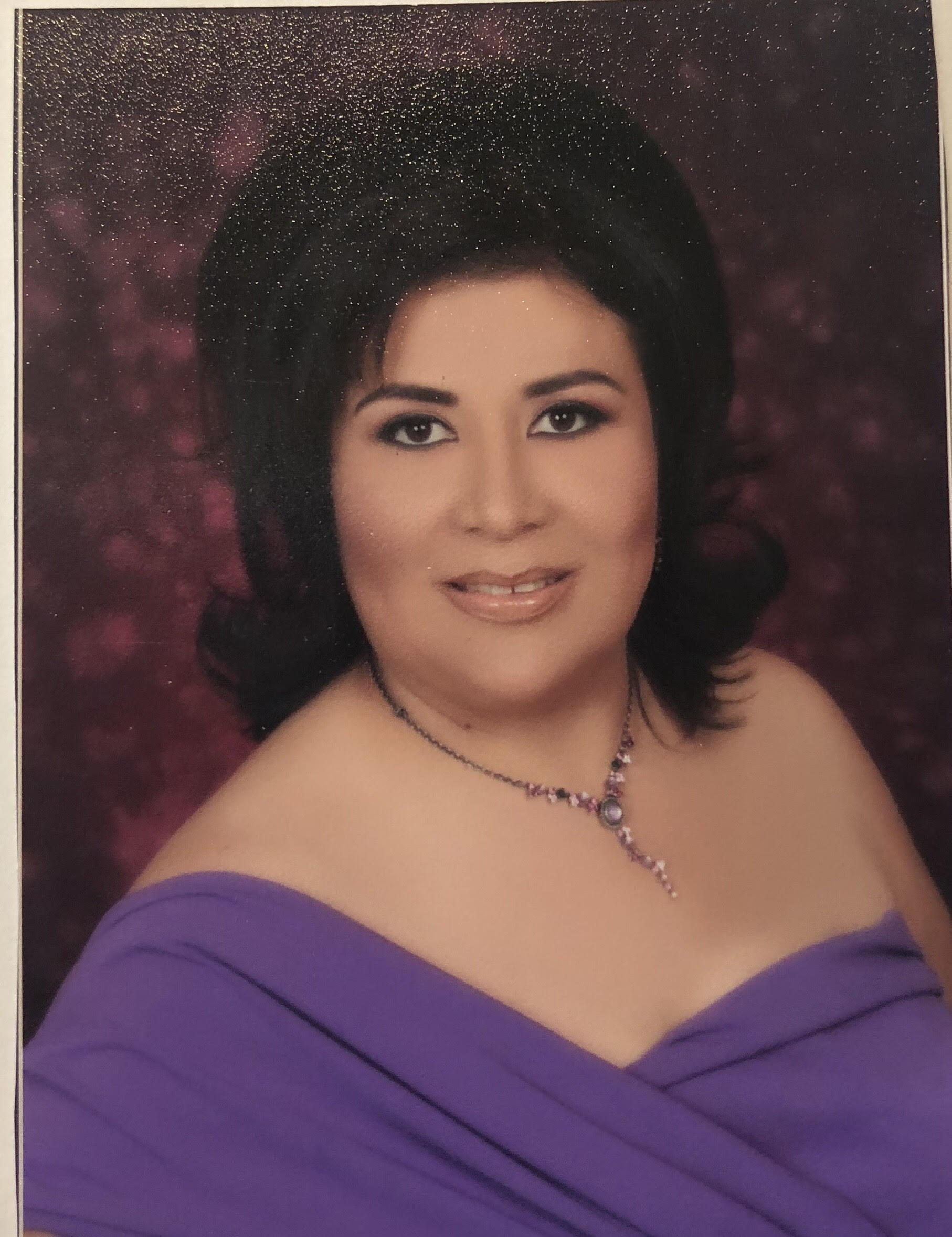 Sandra a Notary in Riverside